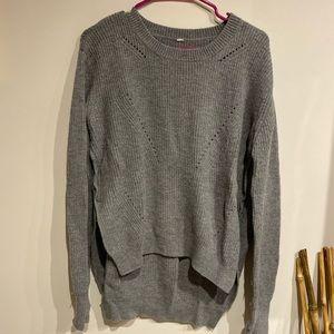 Gray Lululemon Sweater 🖤✨
